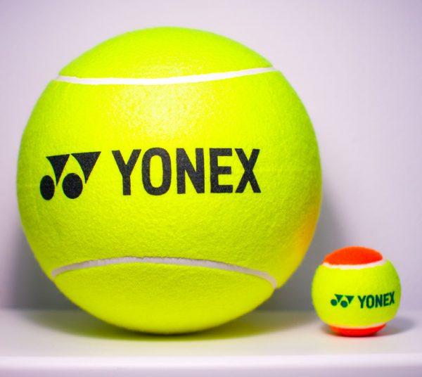 כדור טניס יונקס